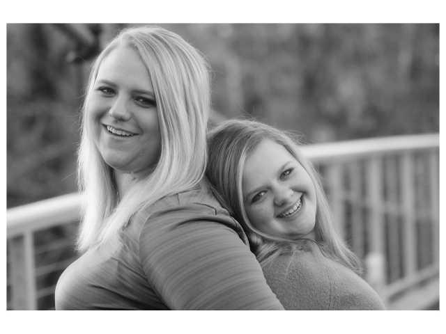 5 surprising reasons why adult siblings should get along