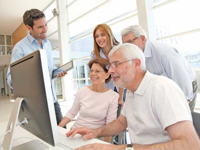 Older Americans learn how to catch the eye of employers