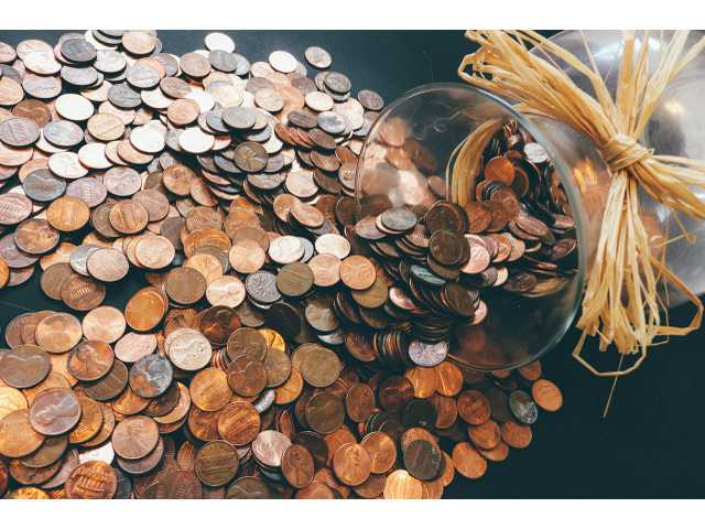 What do financially savvy people do with their spare change?