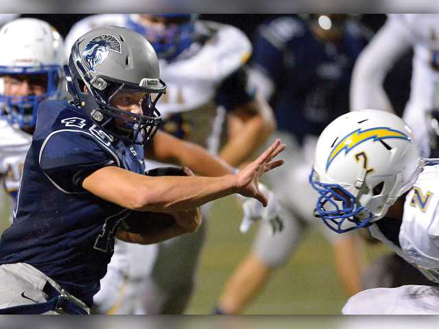 2015 Foothill League Football Preview: Questions left to be answered