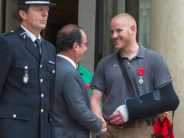 US airman who helped thwart French train attack is stabbed