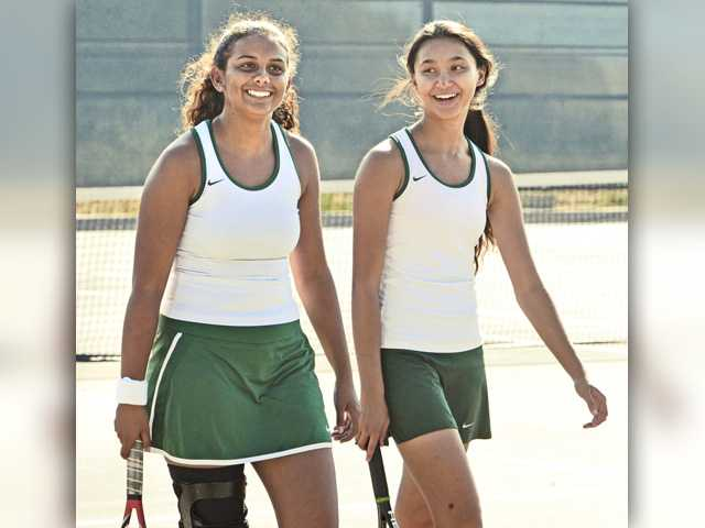 Foothill tennis roundup: Canyon in the playoff fight