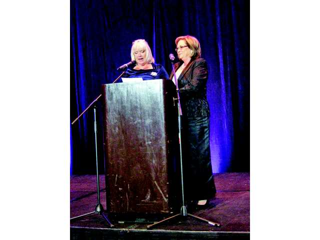 Zonta Celebrates Successful 2015 Tribute to Women Dinner