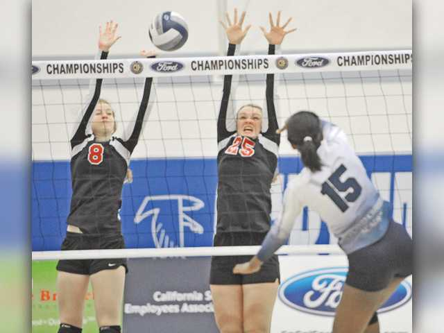 SCCS volleyball falls in CIF championship match