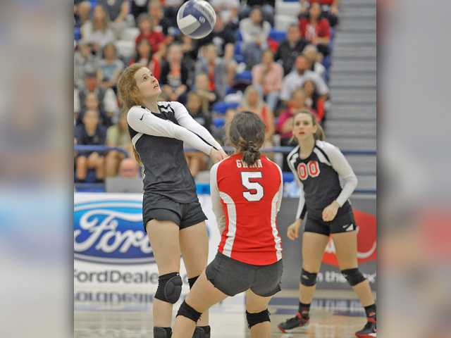 Two SCV V-Ball teams prepare for major playoff matchups