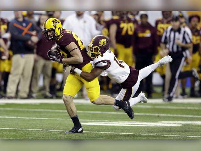Canyon grad Drew Wolitarsky and Minnesota grab bowl win