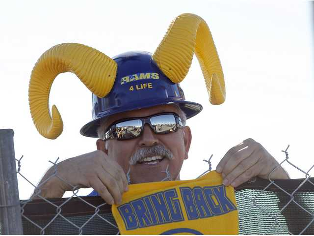 UPDATE: NFL approves Rams to LA, Chargers option to join
