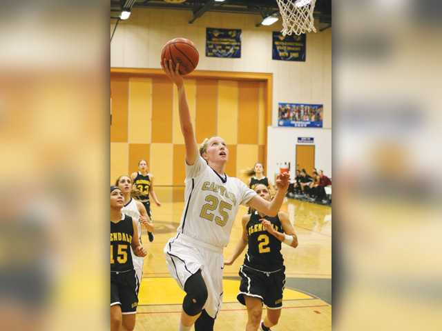 COC Insider: Women's hoops wins eighth straight