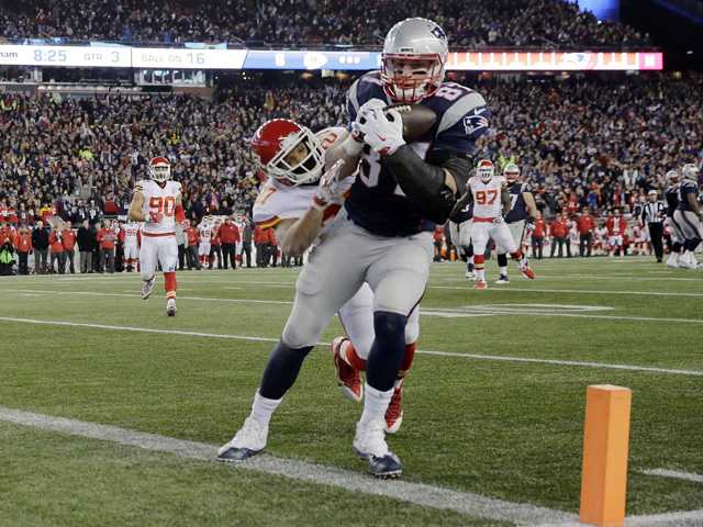 Patriots advance to 5th straight AFC title game