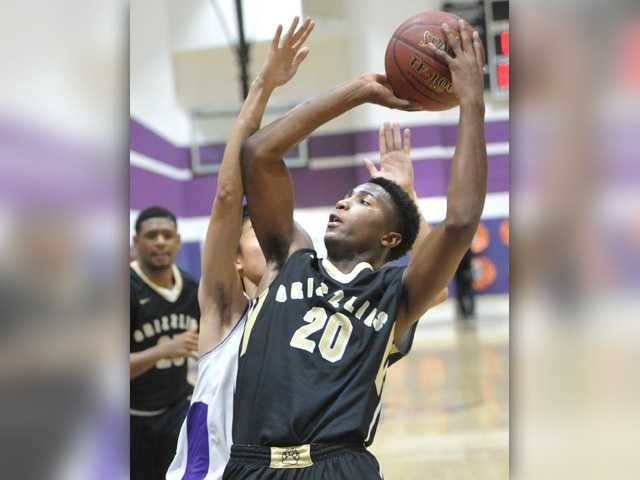 Grizzly hoops shows grit in win over Valencia