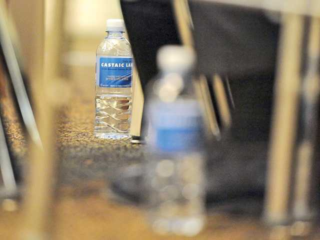 Santa Clarita residents want more details on water agency merger