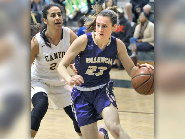Foothill girls basketball roundup: Vikes nab share of 4th straight league crown