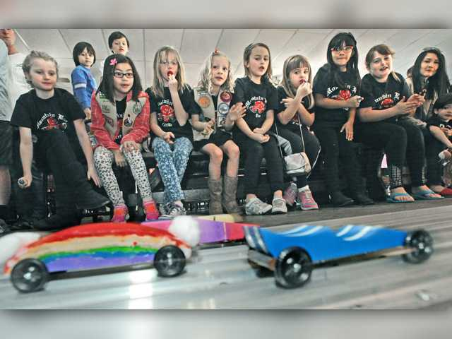 Kids race ahead at Pinewood Derby