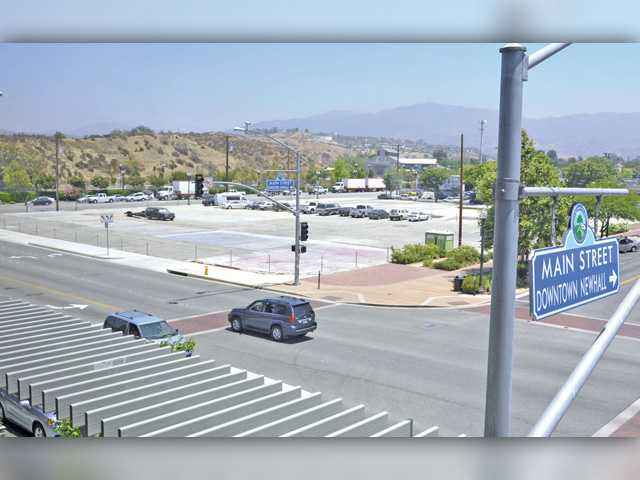 Council moves ahead with Laemmle, development project in Newhall, but process far from over