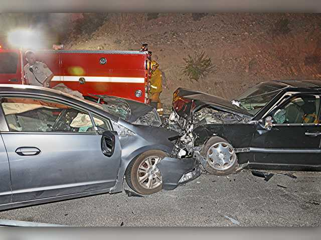 At least 2 injured in Sand Canyon Road crash