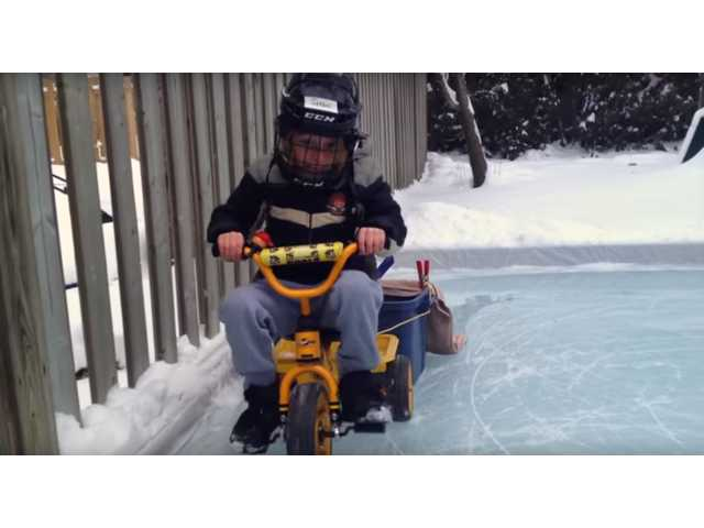 93+ Best Back Yard Zamboni Ever Backyard Rink In London ...
