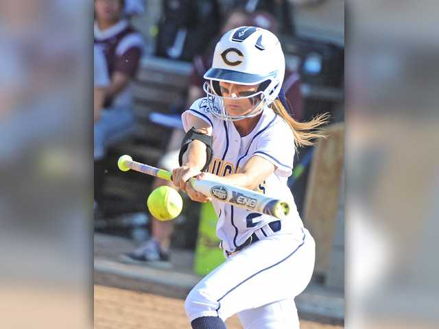 COC softball opens conference play with strong pitching