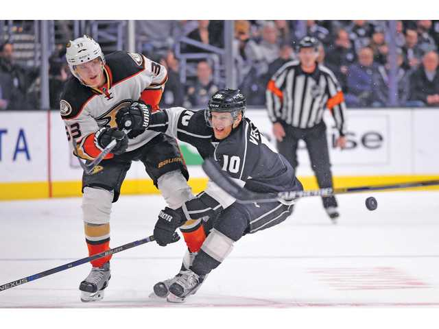 Kings claim top spot over Ducks