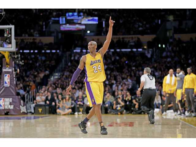 Bryant scores 60 in finale