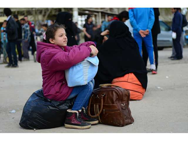 9 easy ways you can help refugees