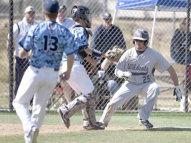 Saugus baseball rides nine-run 5th inning to win