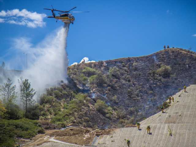 UPDATE: SCV brush fire doused; no homes damaged