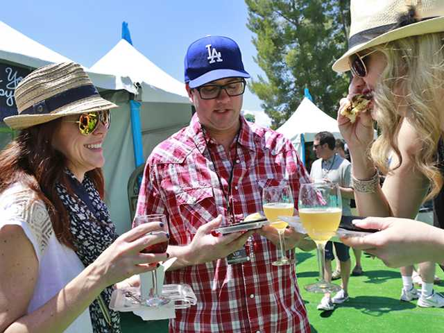 SCV residents sample local food and wine