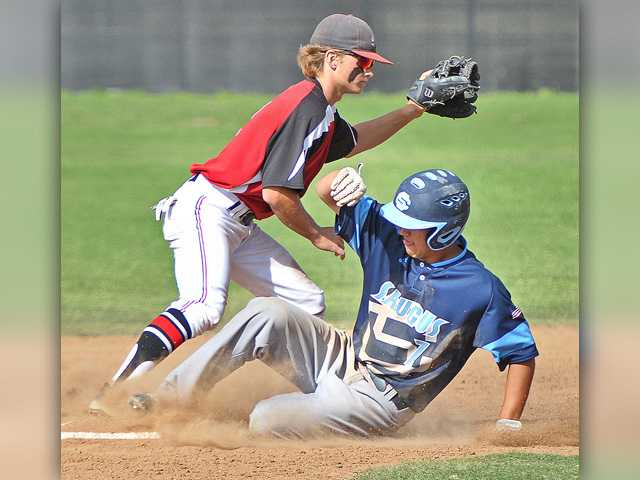 Hart baseball surges early to beat Saugus