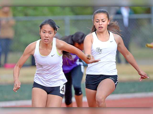 An electrifying end at the Foothill League track and field finals