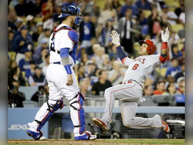Angels edge Dodgers in Freeway Series opener