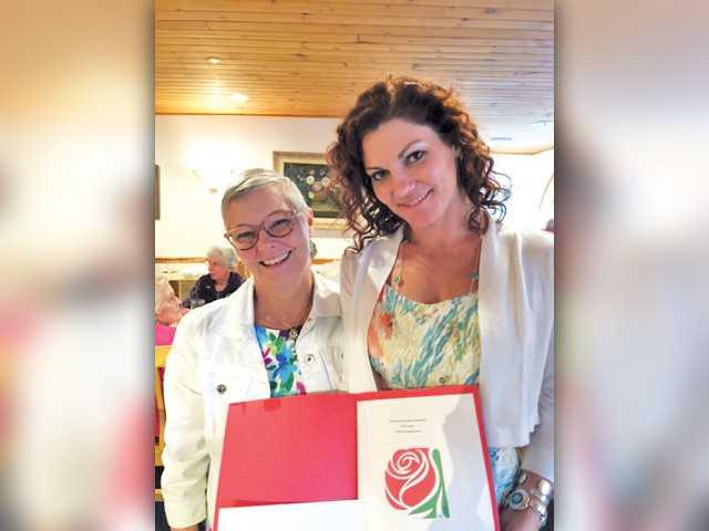 Delta Kappa Gamma Presents Scholarship to Local Student Teacher