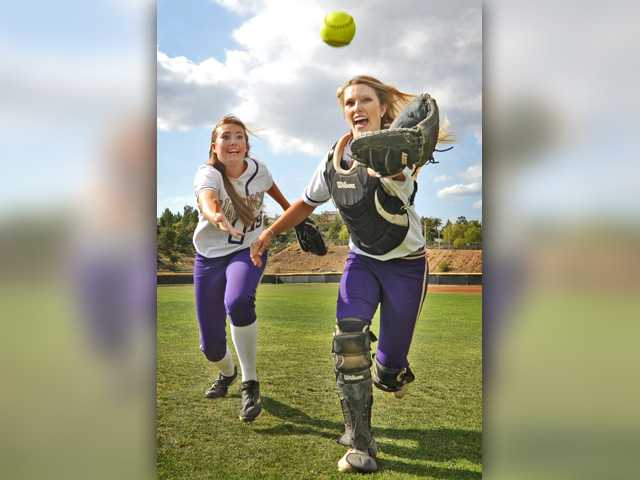 Shea O'Leary, Allysa Shipman steering Valencia softball in right direction