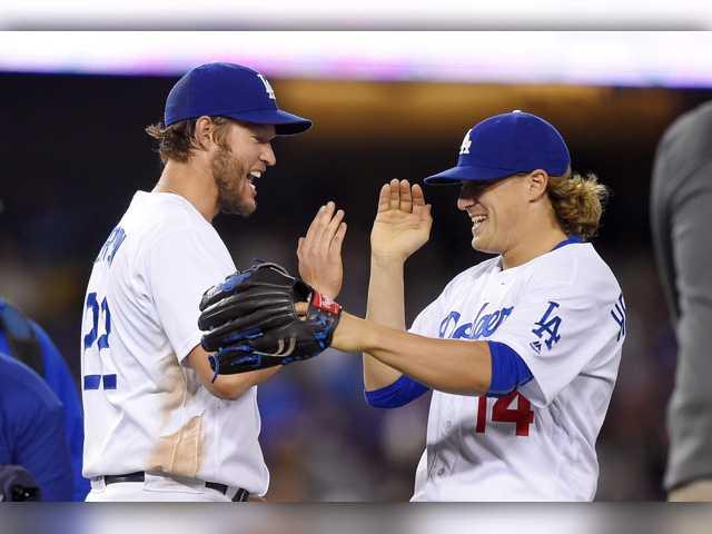 Kershaw tosses 2-hitter in Dodgers win