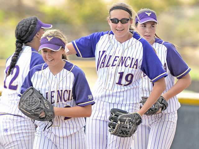 Valencia softball avenges last year's playoff loss