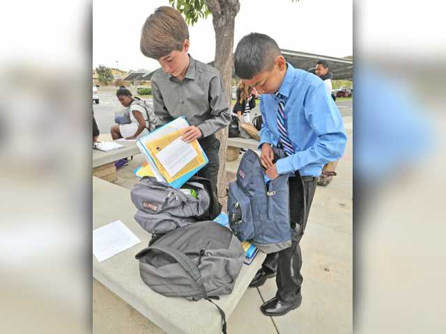 Portfolio Day for students at Castaic