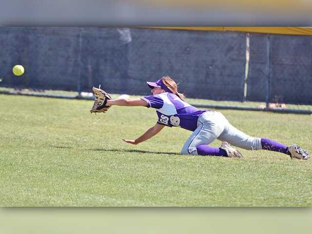 Valencia softball falls to Norco in quarters