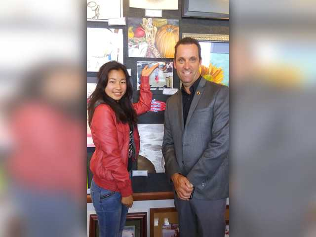West Ranch student wins art competition