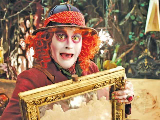 'Alice Through the Looking Glass' is stunningly unfunny