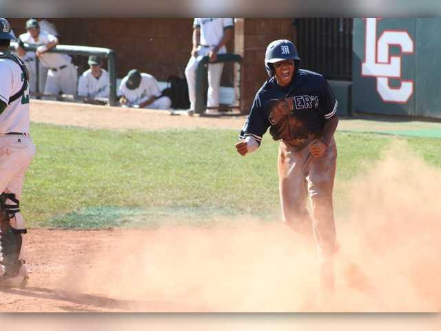 TMC baseball stays alive at NAIA World Series