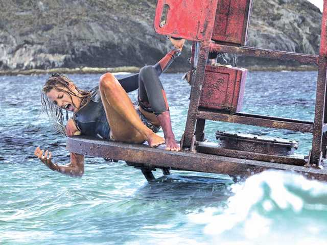 'The Shallows' is an immensely entertaining millennial B-movie