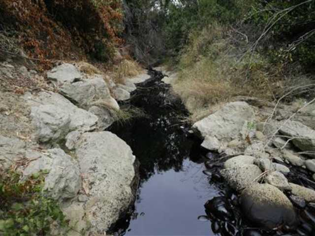 Cleanup underway after California oil pipeline spill
