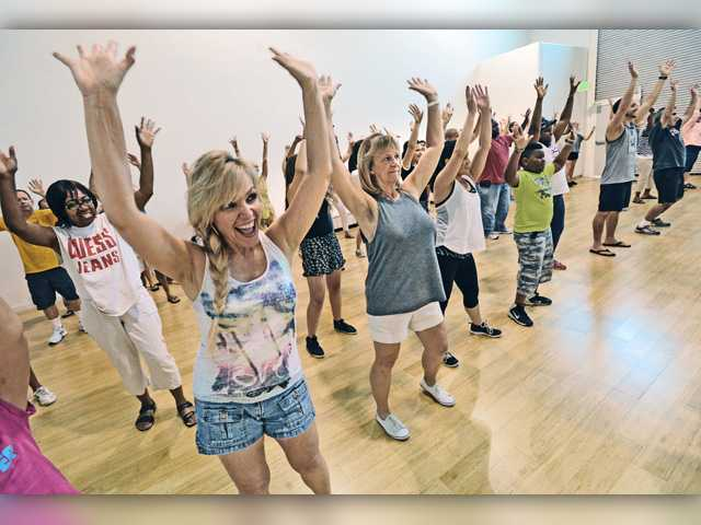Flash mob is beginning of Alzheimer's education