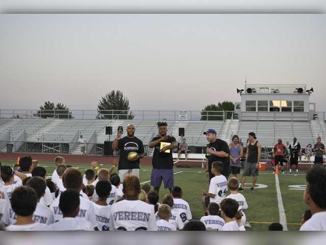 Shane and Brock Vereen host 3rd-annual football camp at Valencia High
