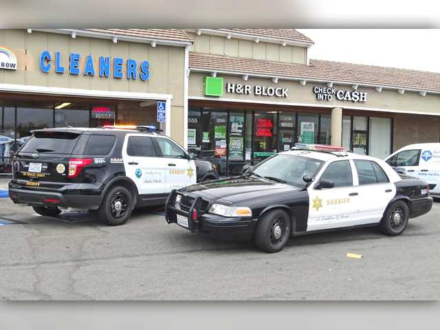 UPDATE: Canyon Country check-cashing business robbed