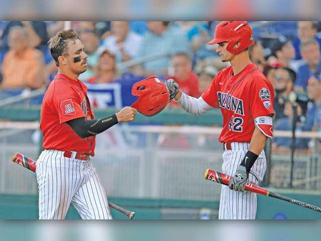 Coastal Carolina beats Arizona, SCV products to force deciding CWS game Wednesday