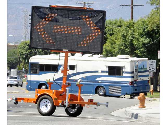 Motor home blocks traffic on Bouquet Canyon Road