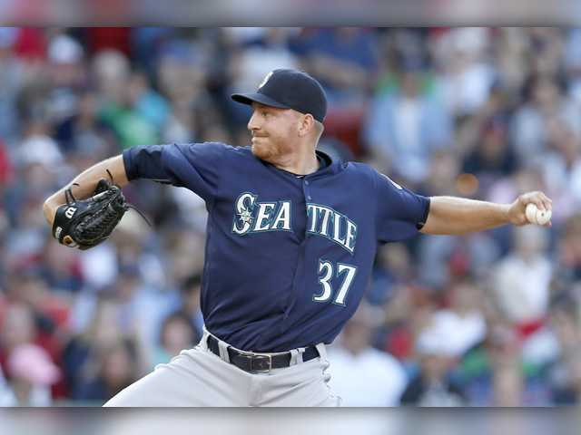 Hart grad Mike Montgomery headed to Cubs