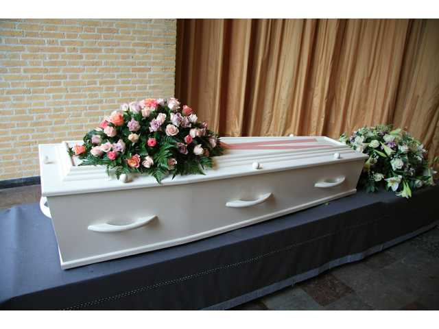 Consumers push for funeral pricing online; tips to save