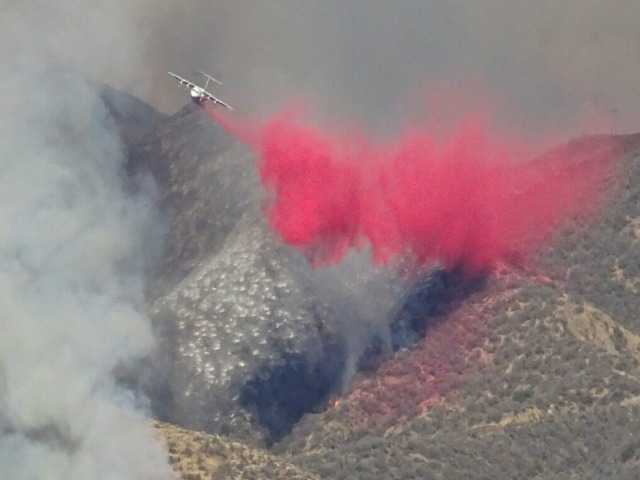 UPDATE: More than 500 fighterfighters battle 11,000-acre blaze