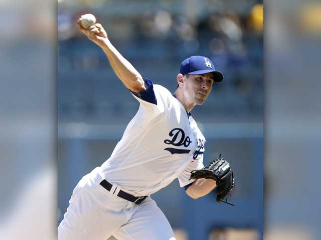 McCarthy takes loss, Dodgers fall to Tampa Bay Rays